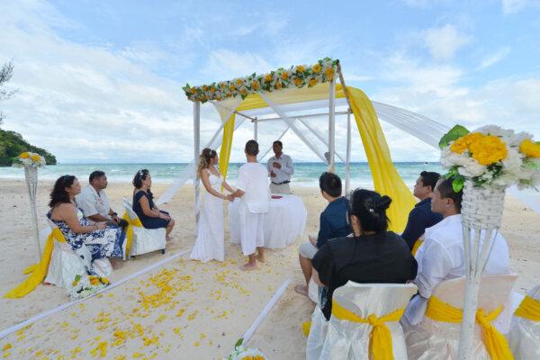 Phi Phi Island Beach Marriage : Izabel + Carlos