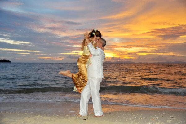 Railay Bay Thai Ceremony : Flavia + Werneck
