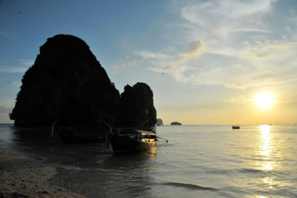 Railay Bay Simple